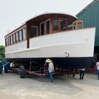 Hạ thủy tàu Favourite 55 chế tạo bằng vật liệu Vacuum Composite