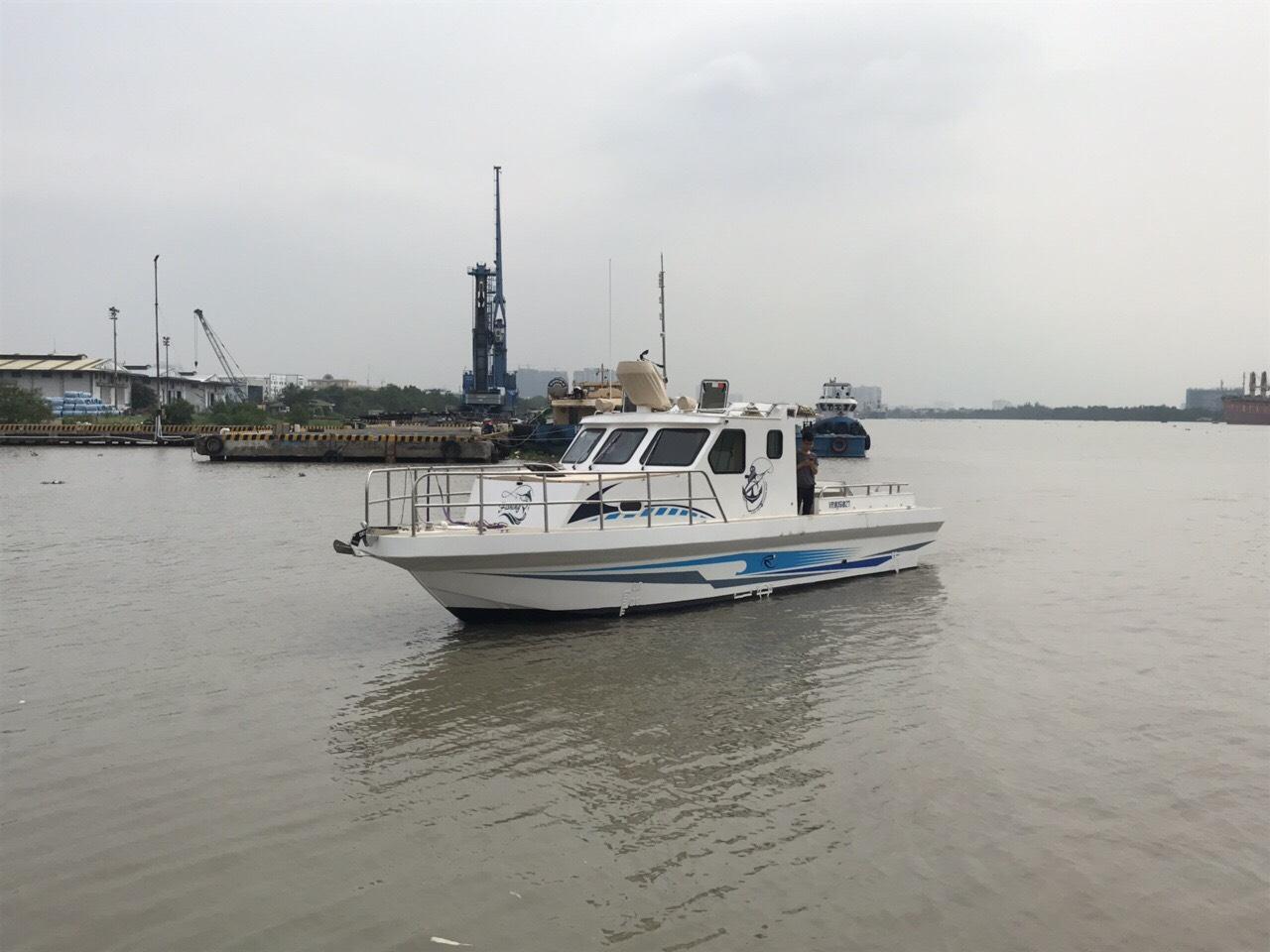 James Boat bàn giao tàu FISHERMAN 40  (FM 40)