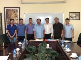 Thượng tướng Nguyễn Khánh Toàn, nguyên Ủy viên Trung ương Đảng, nguyên Thứ trưởng Thường trực Bộ Công an đến thăm Công ty CPCN James Boat