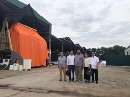 Ông Tạ Đức Quyết - Phó chủ tịch Hội doanh nghiệp tỉnh Quảng Ninh thăm Công ty CP Công Nghệ James Boat