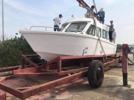 James Boat hạ thủy mẫu tàu chở khách Favourite 28 (F28)