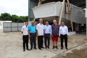 Tiến sĩ Nguyễn Đức Kiên - Phó Chủ nhiệm Ủy ban Kinh tế của Quốc hội đến thăm Công ty CP Công Nghệ James Boat