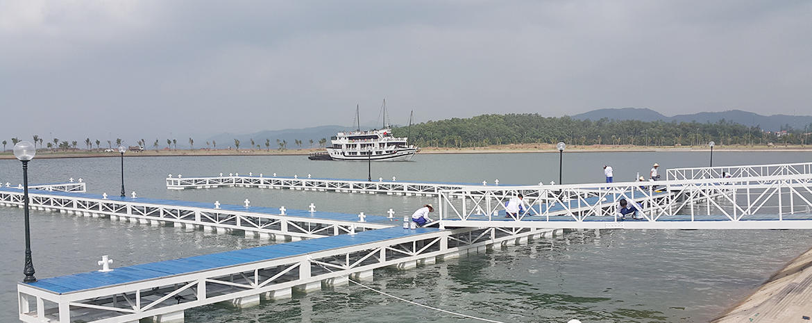 Ha Long pier for yachts